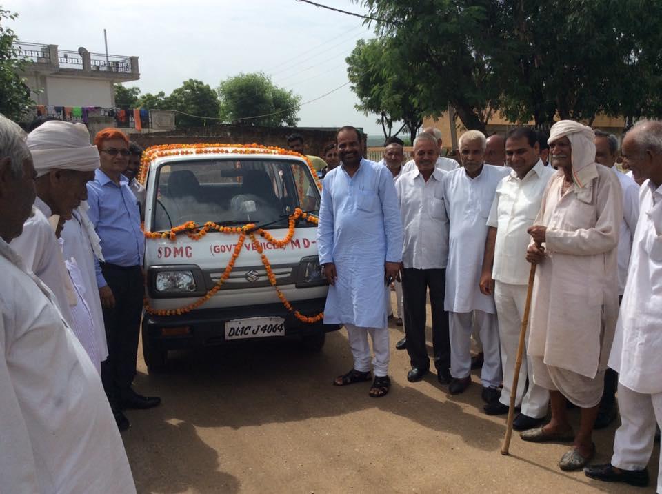 "12.08.2016 Inauguration of ""Mobile Dispensary Van"" in Village Bhati"