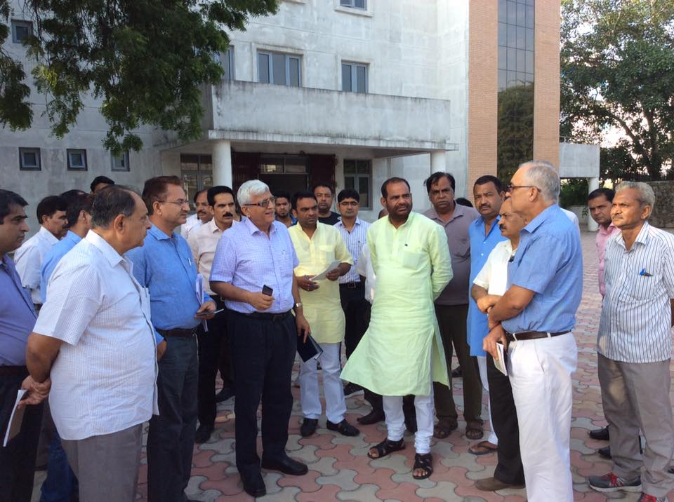 08.9.2016 Inspection with DDA Officials for DDA development works in South Delhi